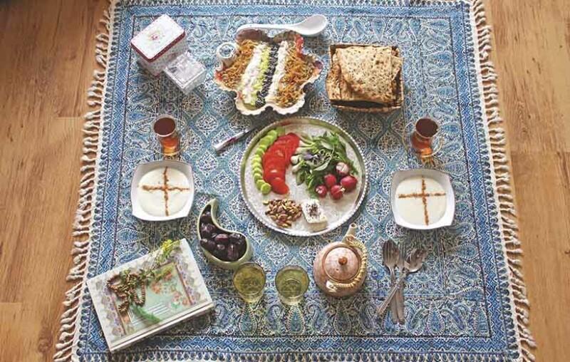 یک رژیم مناسب که دربردارنده کلیه مواد مغذی باشد بهترین رژیم برای ماه رمضان است.