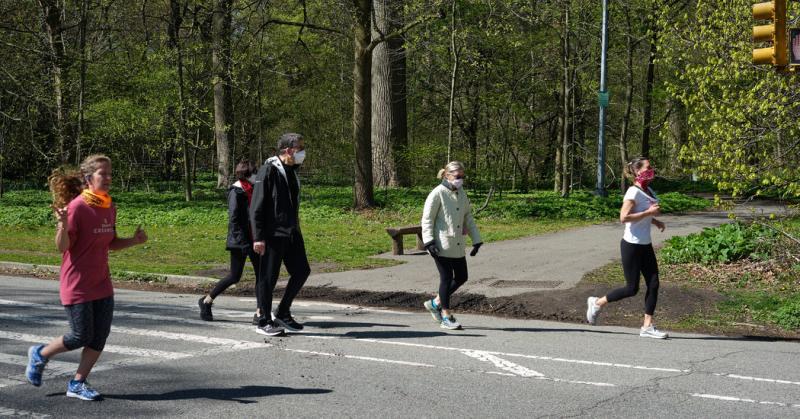 شما برای استفاده از فواید سلامتی نیازی به ورزش شدید ندارید، می توانید حتی با یک پیاده روی ساده تناسب خود را حفظ نمایید.
