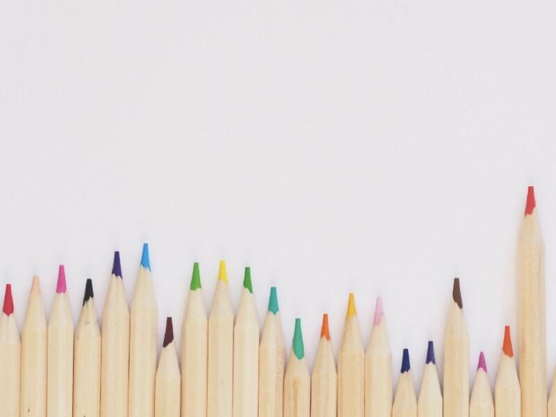 قالببندی درست بندهای یک متن، درست مانند یک جعبه مداد رنگی، ضمن حفظ جذابیت متن با دادن جلوههای متفاوت به آن، امکان ترسیم تابلویی رنگارنگ از انسجام در متن و پیام آن را فراهم میآورد.